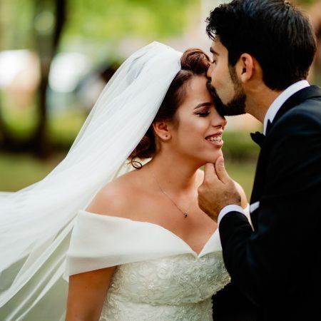 Iulia & Alex – Nunta in inima naturii